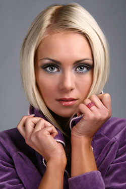 Fraunen   Hair Style  2010    Frauen Frisuren   Professional Styling